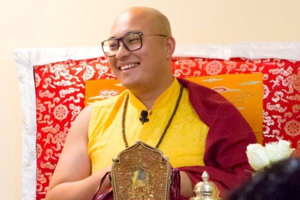 Retraite de 14 jours guidée par Kyabje Kalou Rimpoche, du jeudi 20 juin 18h au jeudi 4 juillet après-midi
